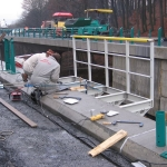 D8 - SO 209 - construction of servicing composite footbridge