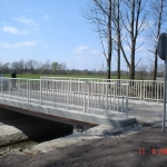 Composite railings with vertical interior bars