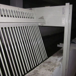 Flood control chamber - composite screens inclusive support construction