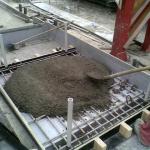 Concrete slab with composite reinforcement