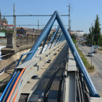 Brno, kabelová lávka nad ul. Křídlovickou - kompozitní kabelové boxy