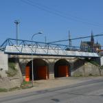 Brno, kabelová lávka u Hlavního nádraží osazená kompozitními kabelovými boxy
