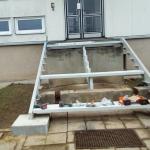 Bytový dům Valtrovice - montáž kompozitní konstrukce schodiště