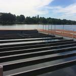 Kamencové jezero - osazování kompozitních nosníků bazénového koše