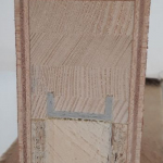 Kompozity pro výrobu oken a dveří - křídlo dveří s kompozitní výztuhou