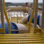 ČOV Modřice - kompozitní plošina z roštů PREFAPOR se zábradlím a žebříkem s rozšířeným výlezem