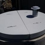 ČOV Šurany - kruhový kompozitní vodárenský poklop s větracím komínkem