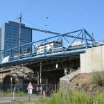 Brno, železniční most nad ul. Křídlovickou - osazení kompozitními kabelovými boxy