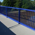 Most Valy - Mělice - chodník s litými kompozitními rošty PREFAGRID