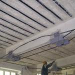 Zesílení stropu uhlíkovými lamelami