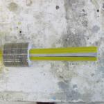 Kompozitní tyč s objímkou zajištěnou klínem