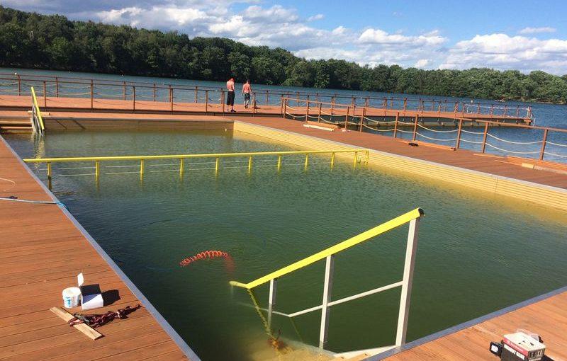 Kamencové jezero opakovaně vybaveno kompozity